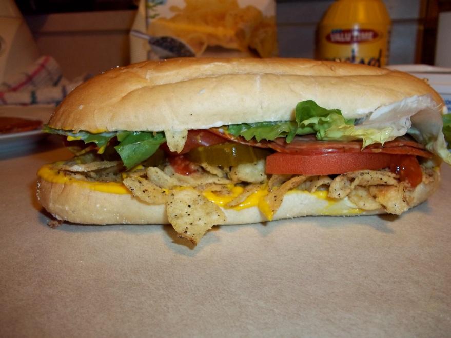 THE ULTIMATE POTATO CHIP SANDWICH 2