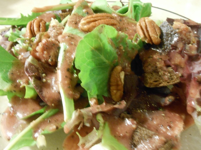 GREENS WITH CRANBERRY PECAN DRESSING