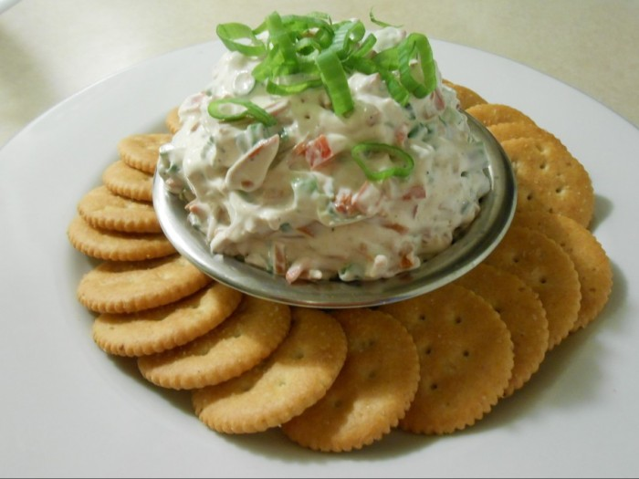 MEATLESS PEPPERONI SOY CREAM CHEESE SPREAD