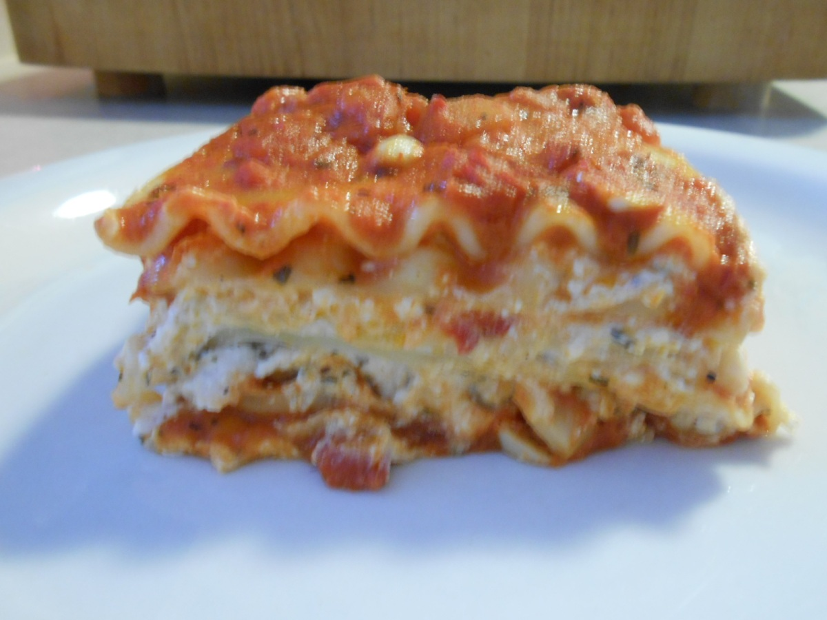 RED AND WHITE LASAGNA