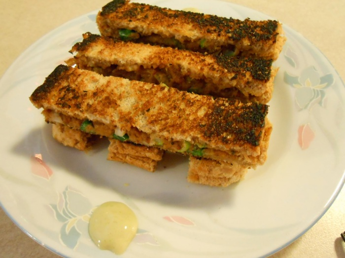 GRILLED PEANUT BUTTER AND SCALLIONSANDWICH