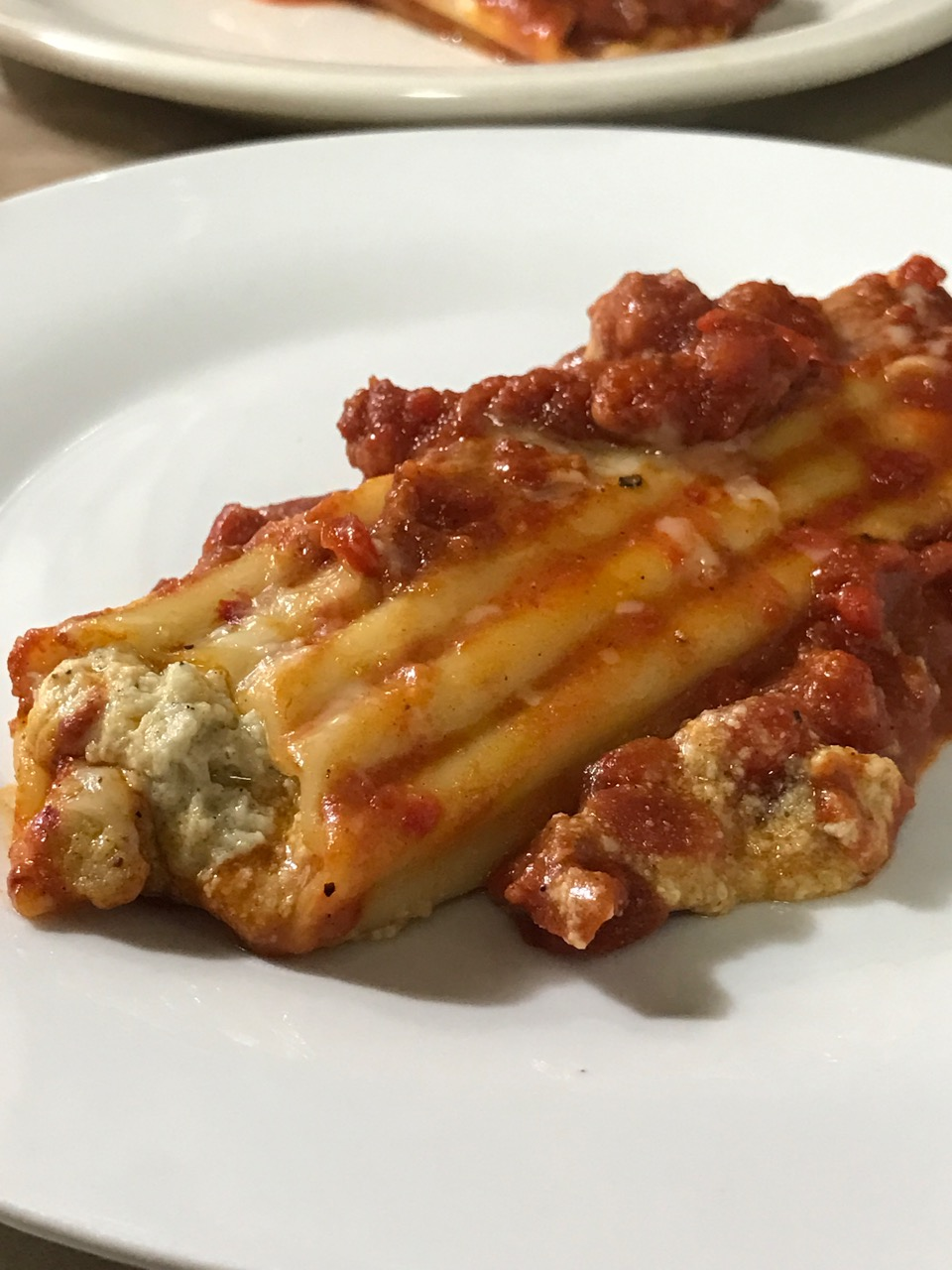 baked-cannelloni-plated