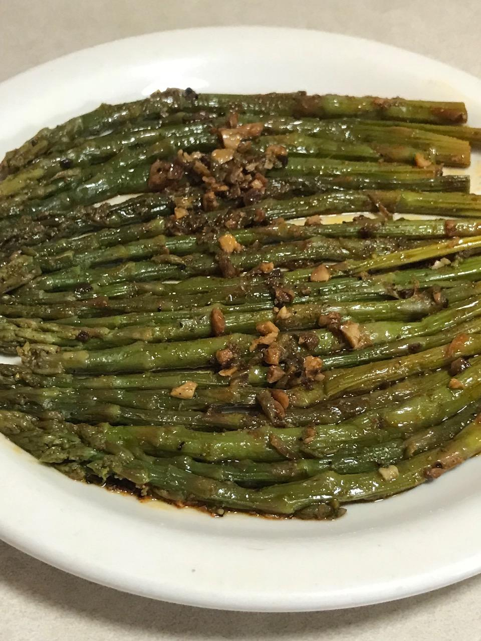 BURNT GARLIC ASPARAGUS 3