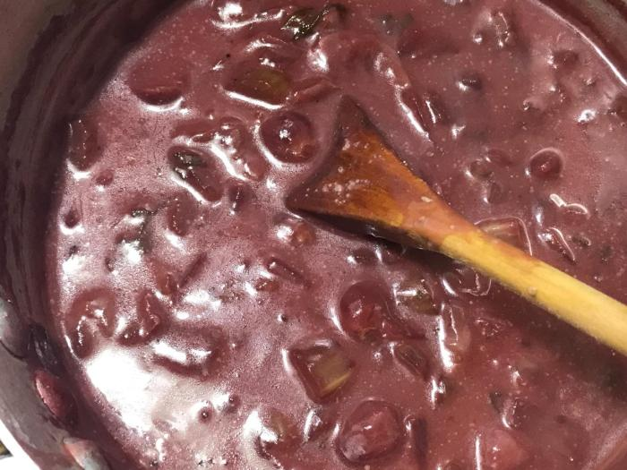 MUSTARD SAGE RED GRAPE SAUCE 5